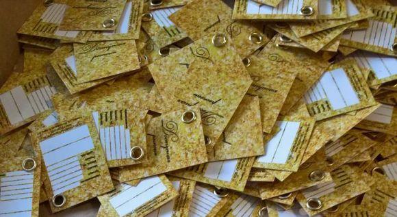 Бумажные бирки и их разновидности